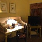 Jr. Suite - Sitting area