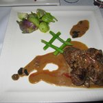 Beef Medallion stuffed with truffle etc (Main Course - Meat)