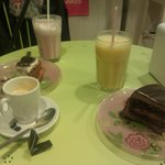 Muerte por chocolate y brownie cheescake and smoothies