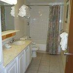 Liftside 48+A Bathroom