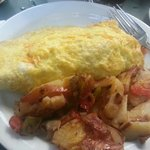 Chicken Sausage Omelette with Home Fries!