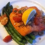 Salmon with piquant tomato and caper chutney on brown rice with asparagus / delicious
