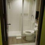 Room 303 bathroom