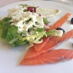 starter: smoked salmon with salad and special sauce