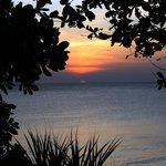 solnedgång sedd från altanen