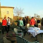 Piazza auf «Le Valli» mit herrlicher Aussicht in die Toskana