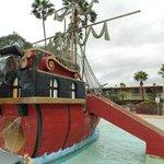 kiddie pirate ship