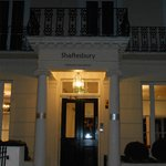 The entry oh the hotel