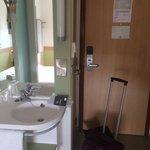 Bedroom/bathroom area