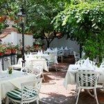 schattinger Gastgarten im Innehof