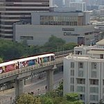SkyTrain vers le Siam Center