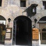 Olfattorio - Museo della Cipria, ingresso in Via Tornabuoni