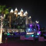 Nasimi Beach la nuit (Bar disco à la plage)