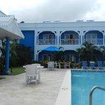 Pool & rooms at the Bay Gardens Inn