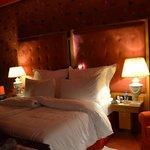 superbe lit  suite 128