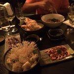 Imenso sushi e algumas entradas