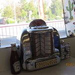 Tableside jukebox at Carla's. so cool!