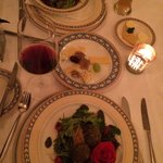 Amazing salads, especially the ine with goat cheese