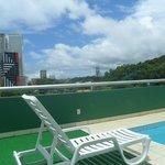Área da piscina e vista