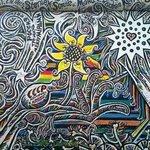 uno dei bellissimi murales