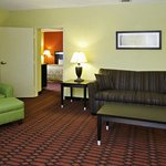 PAComfort Inn King Suite G