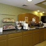 PAComfort Inn Breakfast Area