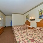 Two Doubles Guestroom