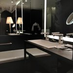 Fabulous Room / Bathub and Vanity