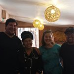 Chef y dueños , ella mapuche y el atacameño