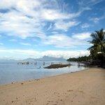 プライベートビーチからモーレア島が見えます