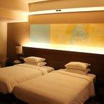 Twin beds club room