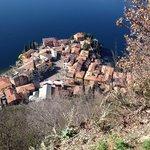 Vista di Varenna dal Castello di Vezio