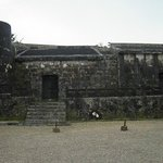 玉陵(パノラマ撮影で撮りました)