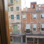 窓から外の景色