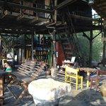 Bob's bar- saunsin beach