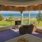Suite with Perth's most beautiful ocean views