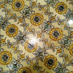 Tile detail - sunny, sunny bathroom