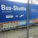 Bus Shuttle - 5 min from the Airport