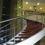escada e elevador panoramico