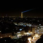 Paris by night ... vu de la chambre