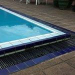 Renovierungsbedürftiger Pool