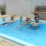 Confortavel piscina depois da praia
