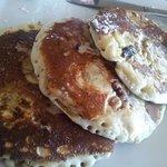 banana walnut pancakes♡