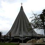 Церковь_Мадонны_делле_Лакриме