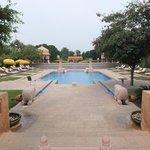 Jaipur, Oberoi Rajvilas pool area