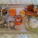 A luxurious breakfast in bed.