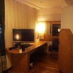 Schreibtisch / TV