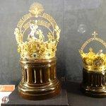 Corona para la Virgen de Los Reyes