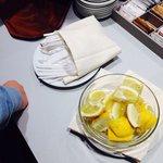 "Пластиковая посуда в типа ""ресторане""("