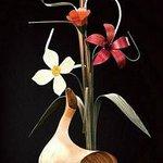 wood vase & flowers
